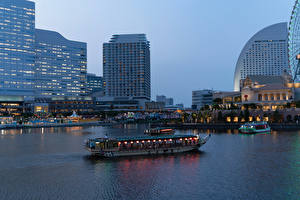Photo Japan Building Marinas Evening Riverboat Bay Yokohama Cities