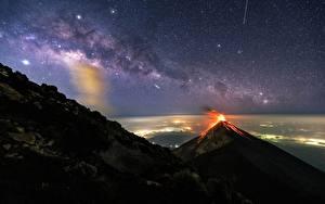 Bilder Milchstraße Gebirge Vulkane Nacht Guatemala, Akatenango