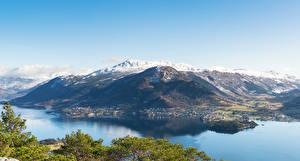 Hintergrundbilder Norwegen Berg Bucht Von oben Uskedal Natur