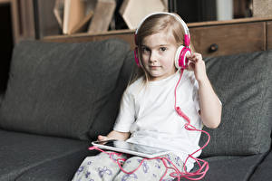Picture Tablet PC Little girls Sitting Headphones Glance