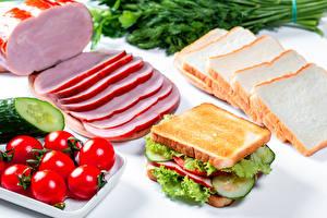 Fotos Tomaten Brot Schinken Sandwich Gemüse Geschnittenes