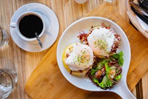 Hintergrundbilder Kaffee Bretter Frühstück Tasse Teller Spiegelei