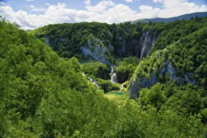 Bilder Kroatien Parks Wald Wasserfall Felsen Plitvice Lakes National Park Natur