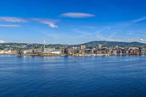 Bilder Norwegen Oslo Gebäude Seebrücke Bucht Hügel