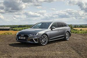 Bilder Audi Grau Kombi 2019 A4 Avant 40 TDI S line quattro automobil