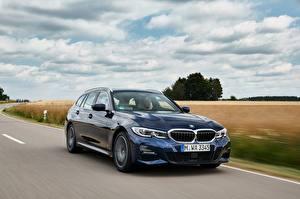 Bakgrunnsbilder BMW Bevegelse Blå Metallisk 3-series,2020, G21, 330d xDrive automobil