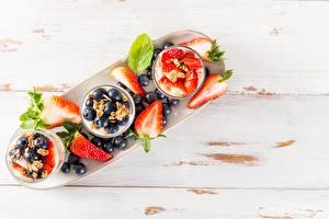 Bilder Beere Joghurt Erdbeeren Heidelbeeren