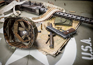 Bilder Militär Schutzhelm Pistole Messer Patrone Maschinengewehr Amerikanischer Heer