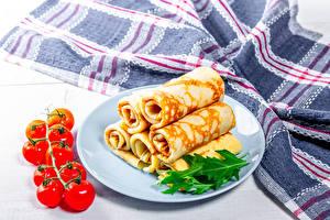 Bilder Eierkuchen Tomate Teller Lebensmittel