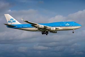 Fotos Verkehrsflugzeug Boeing Seitlich KLM Royal Dutch Airlines, 747-400