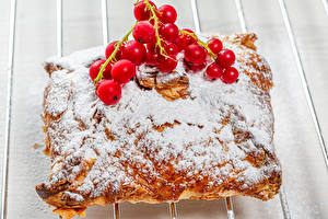Pictures Pastry Powdered sugar Currant Buns