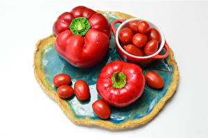 Bilder Paprika Tomate Weißer hintergrund Rot