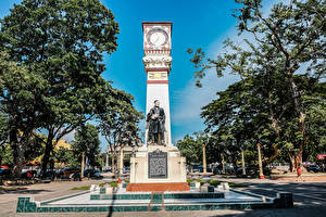 Picture Philippines Monuments Clock Trees Jose Rizal monument Dumaguete Negros Island Cities