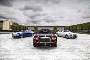 Image Rolls-Royce Expensive Three 3 2019 Ghost Zenith Collection