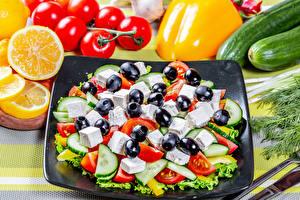 Bakgrundsbilder på skrivbordet Sallad Grönsaker Oliver Apelsin frukt Tomat Gurkor