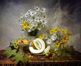 Wallpapers Still-life Bouquets Camomiles Melons Grapes Peaches Apples Flowers