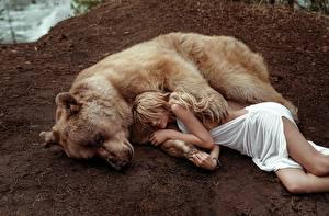 Picture Bears Grizzly Lying down Sleep Blonde girl Masha Glushchuk, Ira Morozova young woman Animals