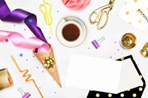 Fotos & Bilder Kaffee Blatt Papier Tasse Band Eistüte Vorlage Grußkarte Mädchens