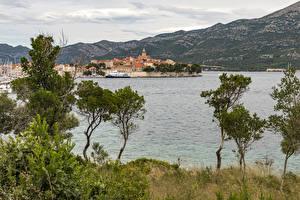 Hintergrundbilder Kroatien Gebäude Seebrücke Bucht Bäume  Städte
