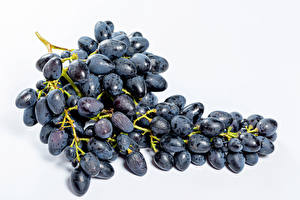 Picture Grapes Closeup White background Blue Food