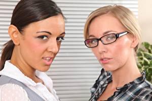 Pictures Hayley Marie Coppin Fifi Russo 2 Blonde girl Brunette girl Glance Eyeglasses Girls