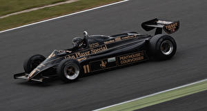 Photo Lotus Formula 1 Black Driving 1982 Lotus 91 Cars Sport