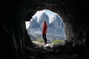 Bilder Berg Mann Tunnel Tourist Höhle Natur