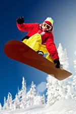 Hintergrundbilder Snowboard Mann Mütze Brille Jacke Sprung Sport