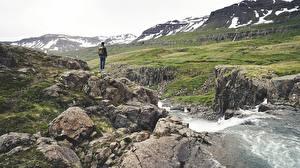 Bilder Steine Gebirge Bach Reisender Geht Natur