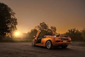 Hintergrundbilder Sonnenaufgänge und Sonnenuntergänge Orange Hinten Offene Tür Diablo VT by Arnoldas Ivanauskas automobil