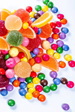 Hintergrundbilder Süßware Bonbon Marmelade Dragee Weißer hintergrund Bunte