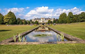 Fotos Vereinigtes Königreich Park Springbrunnen Teich Rasen Strauch Dyffryn Gardens