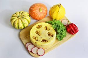Hintergrundbilder Gemüse Kürbisse Paprika Backware Walnuss Grauer Hintergrund Schneidebrett