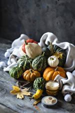 Bilder Herbst Kürbisse Kerzen Bretter Blatt Natur