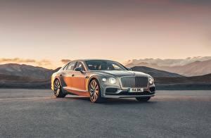Fotos Bentley Grau Metallisch Flying Spur, 2020, Blackline Autos
