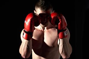 Hintergrundbilder Boxen Mann Schwarzer Hintergrund Hand Handschuh sportliches