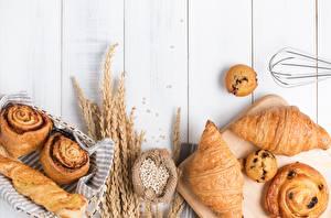 Fotos Brötchen Croissant Bretter Ähren