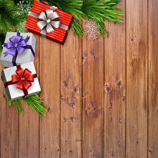 Hintergrundbilder Neujahr Bretter Schachtel Geschenke Ast Schneeflocken Vorlage Grußkarte