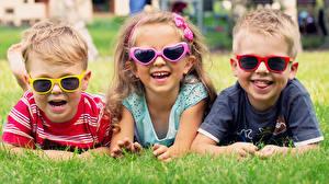 Wallpaper Grass Three 3 Esting Laughter Joyful Eyeglasses Boys Little girls Children