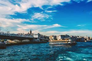 Bakgrundsbilder på skrivbordet Istanbul Turkiet Bro Flodbåtar Bosphorus Städer