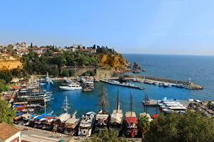 Bakgrunnsbilder Småbåthavnen Passbåt Kyst Tyrkia Liten Bukt Antalya byen