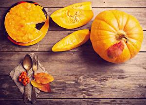 Picture Pumpkin Pie Boards Spoon Fork Leaf Piece