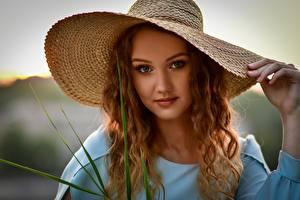 Bilder Der Hut Haar Blick Schönes Anastasia Mazay (Donskaya) junge Frauen