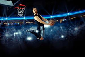 Fotos Basketball Mann Sprung Ball Sport
