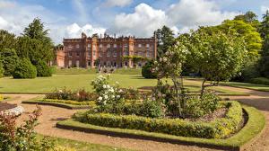Hintergrundbilder England Garten Haus Design Rasen Strauch Bäume Hughenden Manor gardens