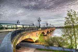 Photo France Bridges River Trains Street lights Fence HDRI Bordeaux, Garonne river