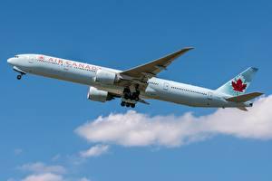 Tapety na pulpit Samolot pasażerski Boeing Widok z boku Air Canada, 777-300ER