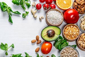 Hintergrundbilder Reis Avocado Tomaten Schalenobst Mandeln Getreide Basilienkraut