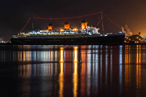 Pictures USA Berth Ship Cruise liner California Bay Night time Queen Mary in Long Beach Cities