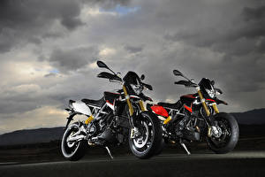 Bilder Aprilia Zwei 2012-19 Dorsoduro 1200 ATC ABS Motorrad